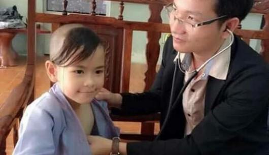 Kháng sinh và thuốc hạ sốt: Phản ứng thù địch có thể nguy hại cho trẻ