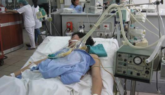 Chuyên gia cảnh báo hàng loạt bệnh nhân xơ gan, thủng dạ dày vì rượu