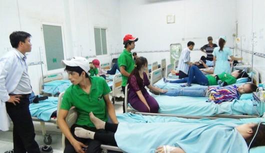 Hàng trăm công nhân nhập viện sau bữa ăn tại công ty