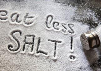 Người Việt ăn muối nhiều gấp đôi khuyến cáo